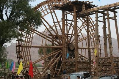 兰州:国内年代最久黄河水车修复工程竣工(图)