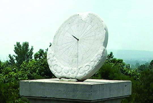 我国现存最古老的天文台:观星台(组图)