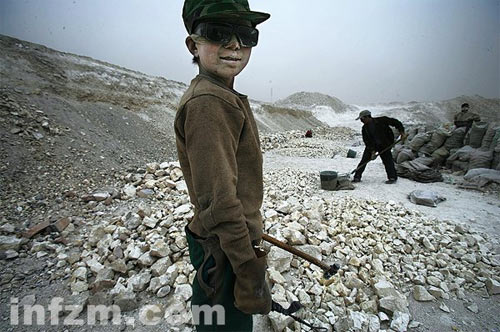 """中国污染:""""黑镜头""""下的那些残酷真相(组图)"""