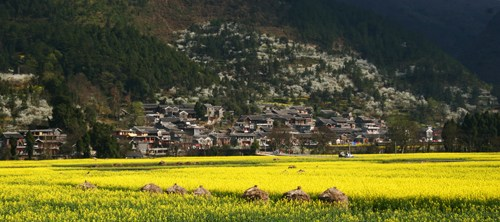 贵州村寨:用生活诠释和谐