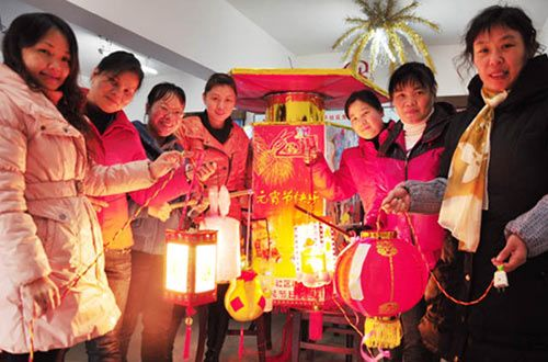 柳州:元宵节将至花灯俏(图)