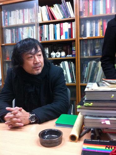 曹伟应邀赴韩国参加东北亚建筑和城市规划研讨