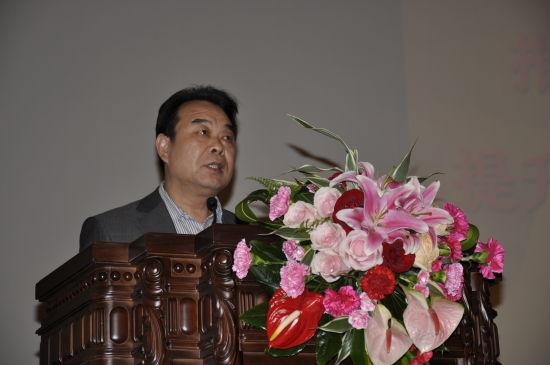 青岛市政府副秘书长刘惠军介绍政府网站建设经验