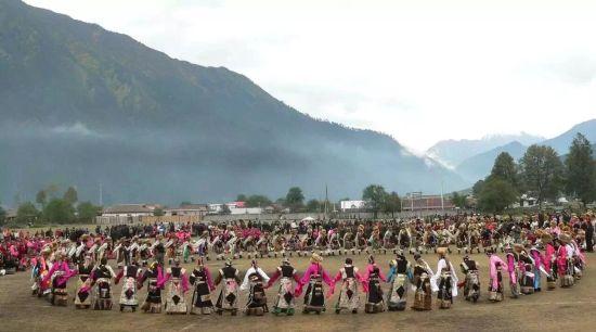 林芝民族特色方队将亮相2015年雅鲁藏布文化旅游节