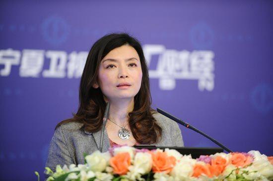 中欧副教务长、管理学教授、拜耳领导力教席教授忻榕博士