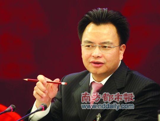广州市长万庆良:用心学天津传奇(图)