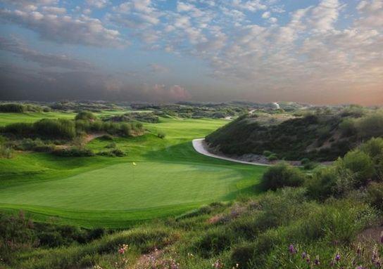 """水资源缺乏 榆林""""沙漠高尔夫球场""""如何出现"""
