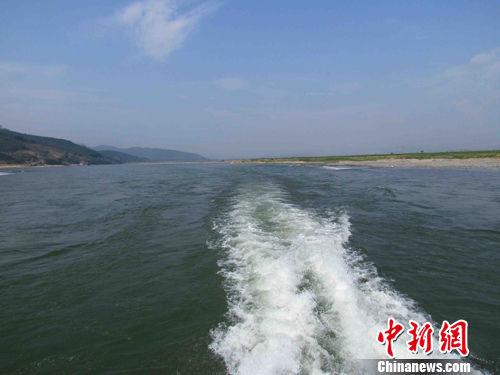 云南年底前全面推行河长制 省领导任重要河湖河长
