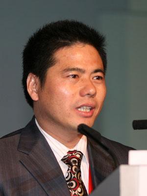 图文:远东控股集团有限公司董事长蒋锡培