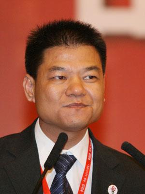 图文:2007品牌中国年度人物候选人周庚申演讲