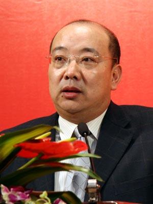 图文:国家新闻出版总署政策法规司司长王涛发言