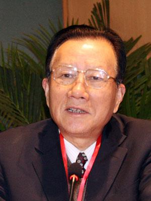 图文:中国证监会原主席周道炯
