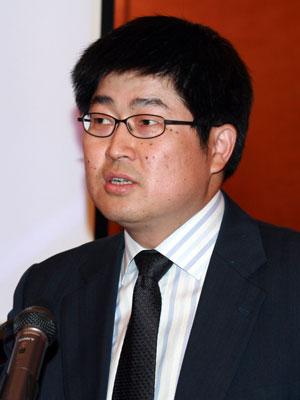 中国证监会主席助理朱从玖演讲(图)