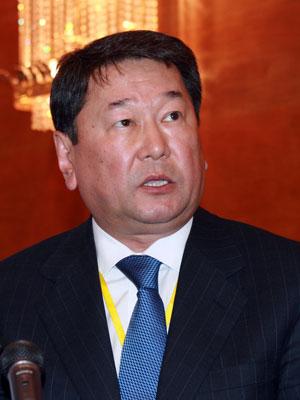 上海合作组织秘书长努尔加利耶夫演讲(图)