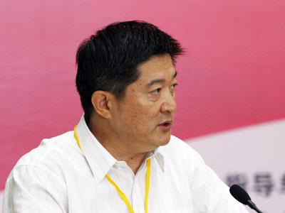 图文:山东省经贸委副主任李建生