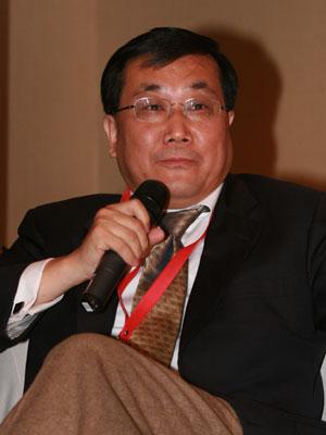 图文:泛太平洋研究中心董事长刘持金