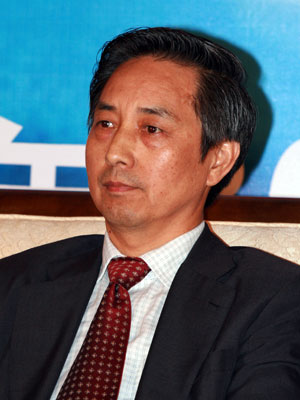 海南省商务厅副厅长王凤奇