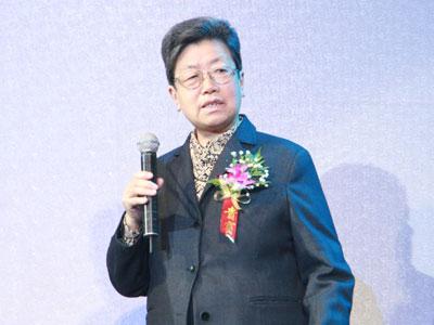 图文:全国人大常委、前科技部部长朱丽兰