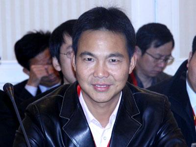 图文:嘉美集团董事长叶再长