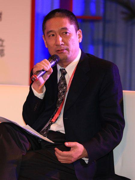 """""""《财经》年会2011:预测与战略""""2010年12月16日至17日在北京举行。图为中国证券市场研究设计中心常务干事、财讯传媒集团总裁戴小京。(来源:新浪财经 陈鑫 摄)"""
