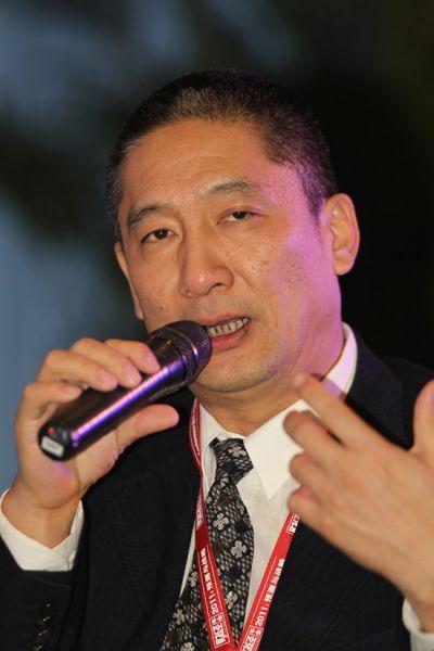 """""""《财经》年会2011:预测与战略""""2010年12月16日至17日在北京举行。图为中国证券市场研究设计中心常务干事、财讯传媒集团总裁戴小京。(来源:财经网)"""