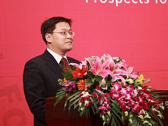 """""""第八届中国文化产业新年论坛""""于2011年1月8日-9日在北京召开。上图为北京大学文化产业研究院副院长向勇。(图片来源:新浪财经 梁斌 摄)"""