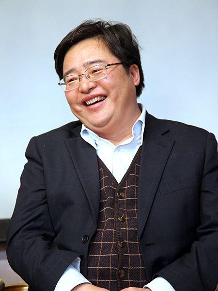 """""""第八届中国文化产业新年论坛""""于2011年1月8日-9日在北京召开。上图为北京市文化创意产业促进中心主任、中共北京市委宣传部副巡视员梅松。(资料图片)"""