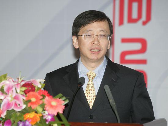 """""""第八届中国文化产业新年论坛""""于2011年1月8日-9日在北京召开。上图为北京大学文化产业研究院副院长陈少峰。(资料图片)"""