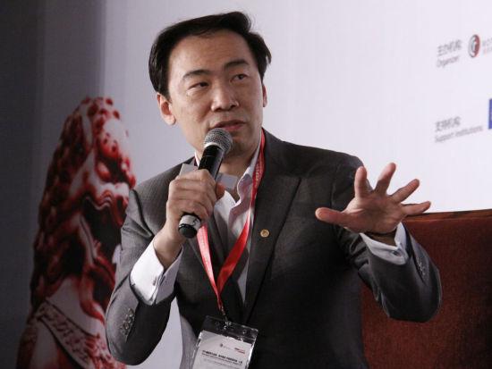视频:北极光创投创始人兼图文总经理邓锋发言董事年轻时三级的张敏图片