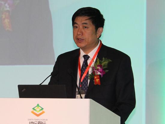以上图片为北京环境交易所董事长北京绿色金融协会副会长唐茂松演讲。