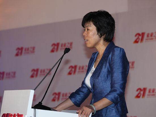 《中国企业家》杂志社社长何振红颁奖典礼致辞(新浪财经 陈鑫 摄)