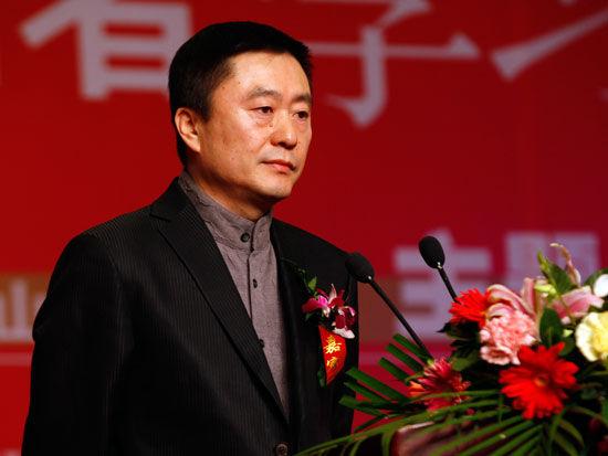 全国工商联宣传教育部部长、学习型中国促进会联合主席高庆林(新浪财经 陈鑫 摄)