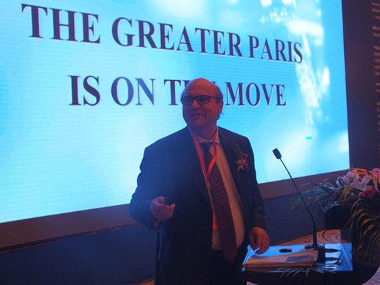 法国议会参议员博尔格-伊夫(图片来源:新浪财经)