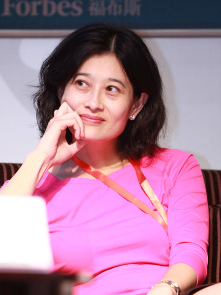 """""""福布斯中国县级城市投资与发展论坛""""于2012年9月26日在江苏昆山举行。上图为普凯投资合伙人李人洁。(图片来源:新浪财经)"""