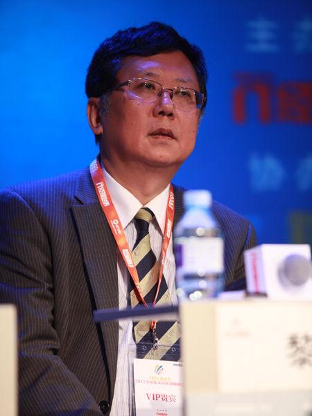 """""""2012中国技术商业领袖峰会""""于2012年11月16-17日在北京举行。上图为中金数据系统有限公司高级副总裁黎江。(图片来源:新浪财经 梁斌 摄)"""
