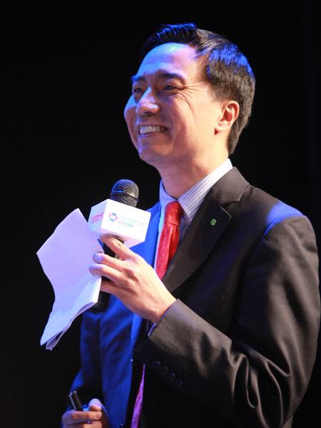 """""""2012中国技术商业领袖峰会""""于2012年11月16-17日在北京举行。上图为德勤企业管理咨询主管合伙人施能自。(图片来源:新浪财经 梁斌 摄)"""