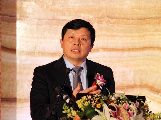 丁安华:负产出缺口背景下的经济增长
