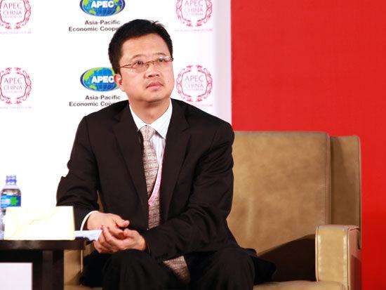"""""""2013APEC工商领导人中国论坛""""于7月13日-14日在北京召开。上图为复星集团副董事长兼首席执行官梁信军。(图片来源:新浪财经 梁斌 摄)"""