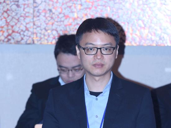 """由《英才》杂志、新浪网、北京青年报共同主办""""2014(第十四届)中国年度管理大会""""于11月28日在北京举办。上图为开能环保董事瞿亚明。(图片来源:新浪财经)"""