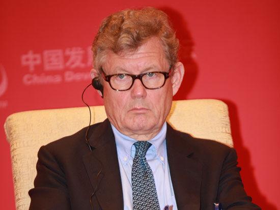 上图为瑞典银瑞达公司董事长雅各布・瓦伦堡。(新浪财经 梁斌 摄)