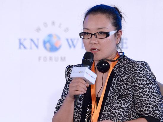 """""""2015世界知识论坛·中韩影视文化产业论坛""""于5月20日在成都举行。中国乐视影业副总裁黄紫燕出席并演讲。"""