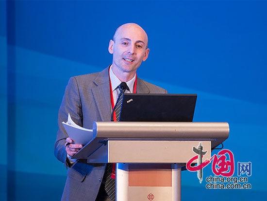 """由中国国际经济交流中心主办的""""第四届全球智库峰会""""于6月26日-27日在北京举办。上图为罗马国际事务研究院亚洲研究所高级研究员尼古拉-卡塞利尼。(图片来源:中国网)"""