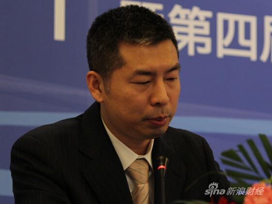 图为浙商银行投资银行总部董事总经理巫则骏(新浪财经 杜琰摄)
