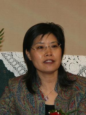 图文:建设银行个人金融银行部副总经理马梅琴