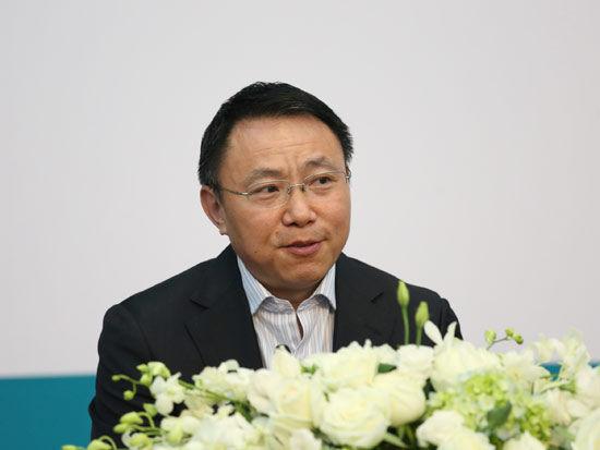 图为中国工商银行基金托管部副总经理晏秋生。