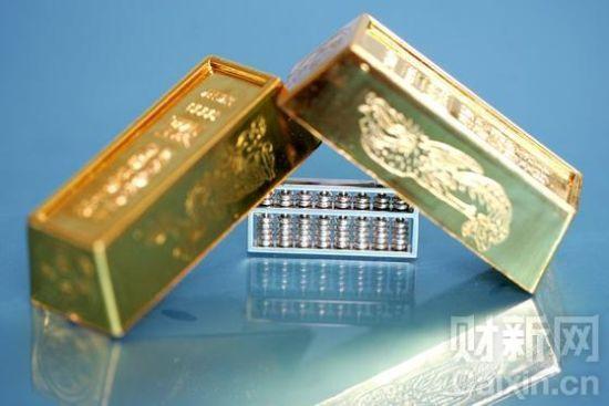 所谓人民币计价的黄金产品主要就是金条产品,其规格与上海黄金交易所相一致,是贸易场认可炼铸商生产的9999成色公斤条,可透过贸易场电子交易系统交易。高育文/CFP