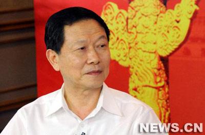 李荣融:现在央企职工工资增长幅度比领导快