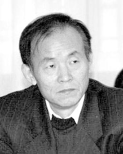 宋国青,现任北京大学国家发展研究院教授,兼任高盛高华证券特别顾问。2012年3月担任中国人民银行货币政策委员会委员。