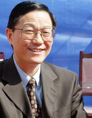 2008年中央财政赤字1800亿元