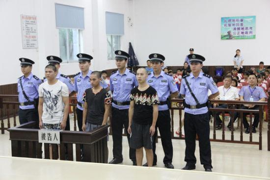 东兴法院禁毒日前夕集中宣判三起贩毒案